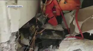 Ratownicy szukają ocalałych pod gruzami